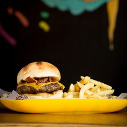 Cheeseburger sin Tacc & Papas