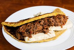 Cachapa con Queso & Carne