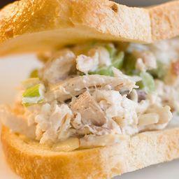Sándwich de Pollo Deshilachado