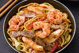 Chaw Mien con Pollo y Carne
