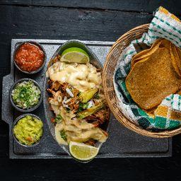 Pinches Tacos de Cerdo