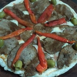 Pizza de Ternera & Morrones