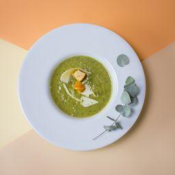 Sopa de Espinaca y Arvejas.