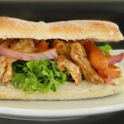 Sándwich de Pollo Salteado