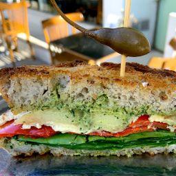 Sándwich de Camembert de Cajú