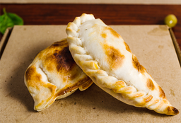 Empanada Roquefort,jamon y queso