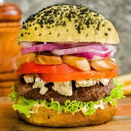 Green Power Burger con Papas Fritas