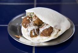 Falafel en Pan Árabe