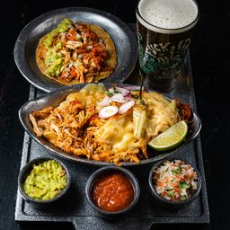 Pinches Tacos de Pollo