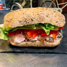 Spicy Tuna Sándwich