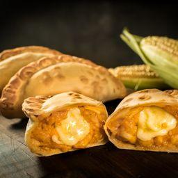 Empanada de Humita & Mozzarella