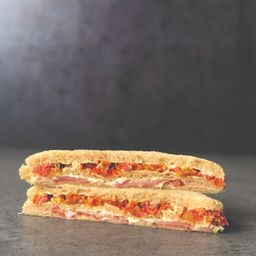 Sándwich Triple Crudo y Tomates Secos X4