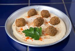 Puré Hummus con Falafel