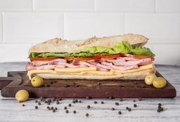Sándwich clásico completo
