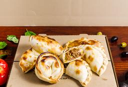 24 Empanadas + 6 Gratis