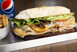 Sándwich de Lomito + Guarnición + Bebida