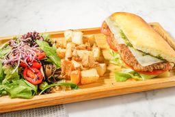 Sándwich Especial de Pollo