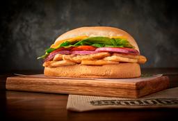 Sándwich de Pata de Cerdo Asada