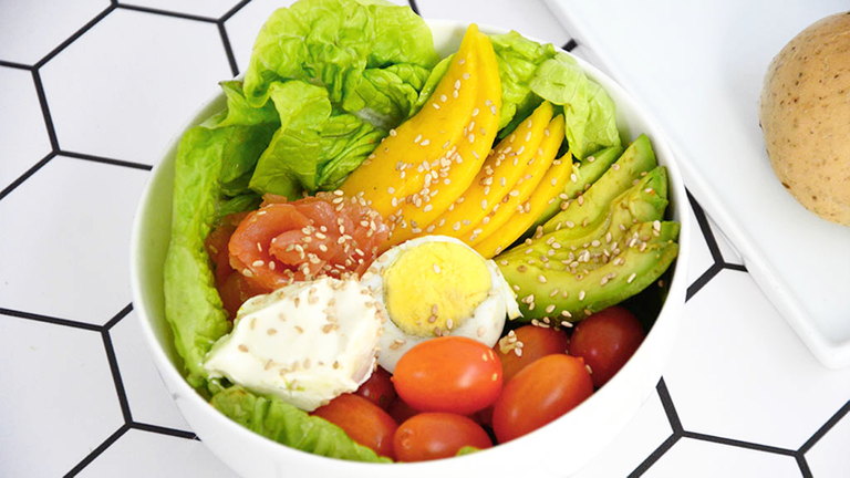 Logo Walk 2 Salad